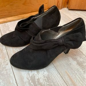 Tahari Greyson Black Suede Bow Bootie Heels